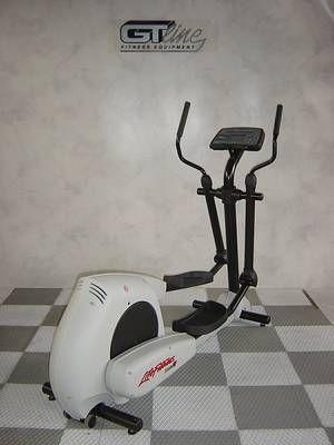 gt line der gro e markendiscounter f r gebrauchte fitnessger te crosstrainer life fitness 8500 hr. Black Bedroom Furniture Sets. Home Design Ideas